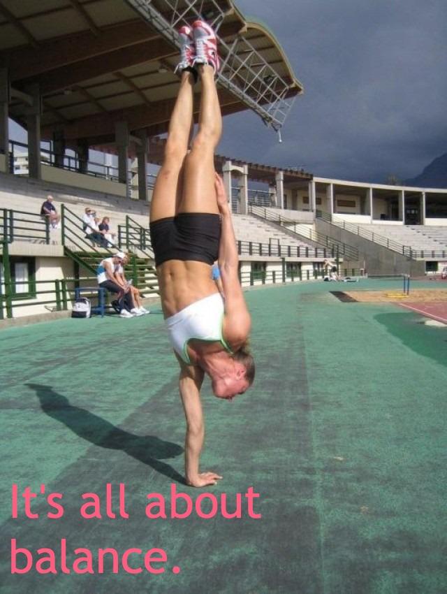 crossfit-girl-handstand.jpg